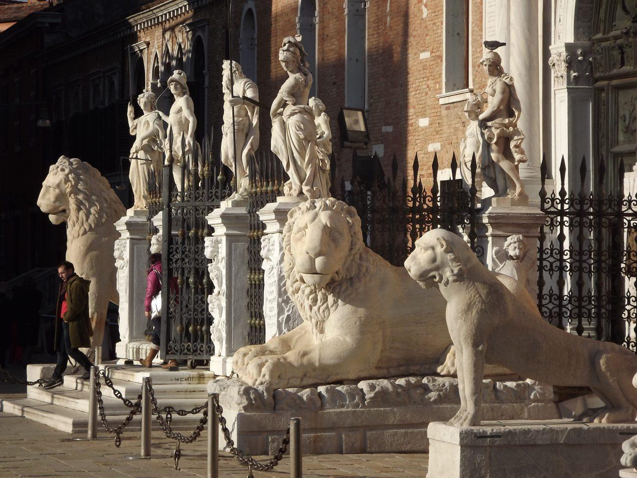 Les lions de l' Arsenal de Venise